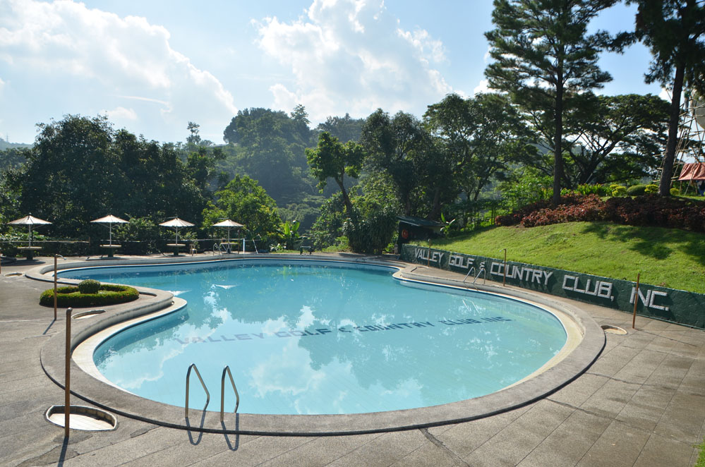 Swimming pool valley golf and country club inc for Cost of swimming pool construction in philippines